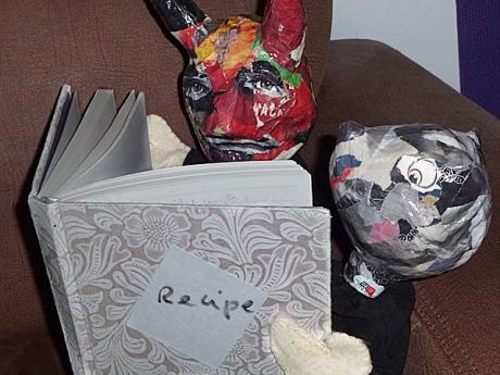 mouse devil reading book