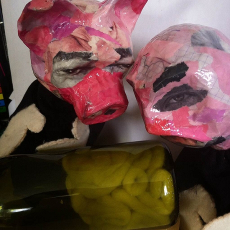 pig prof brain in bottle